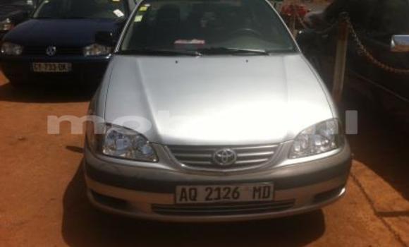 Acheter Voiture Toyota Avensis Blanc à Bamako en Mali