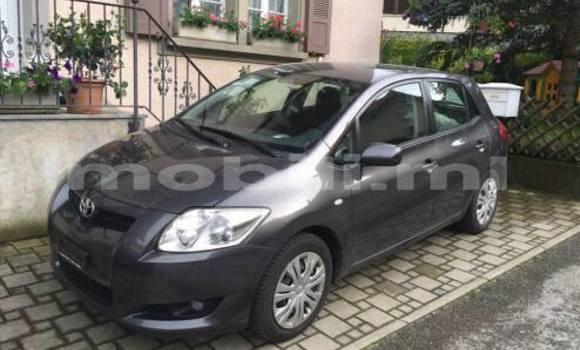 Acheter Voiture Toyota Auris Noir à Bamako en Mali
