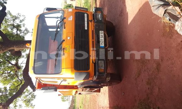 Acheter Voiture Mercedes-Benz 190 Autre à Bamako en Mali
