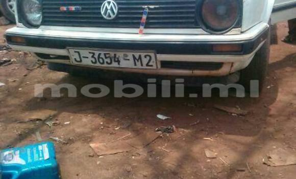 Acheter Voiture Volkswagen Golf Blanc à Bamako en Mali