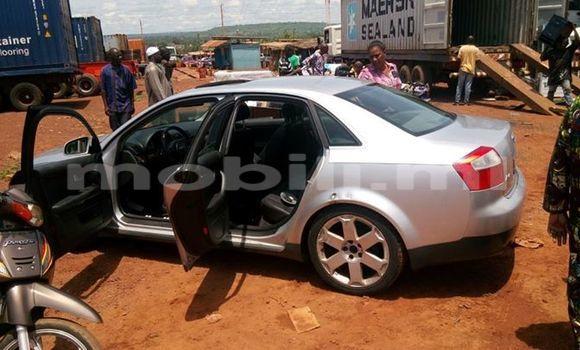 Acheter Voiture Audi A4 Gris à Bamako en Mali