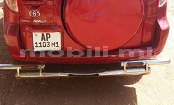 Acheter Voiture Toyota RAV4 Rouge à Bamako en Mali