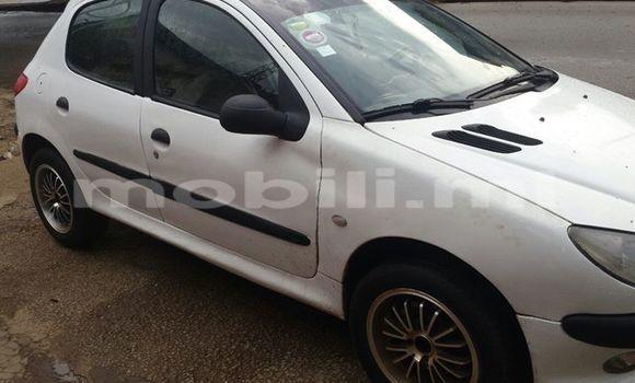 Acheter Voiture Peugeot 206 Blanc à Bamako en Mali