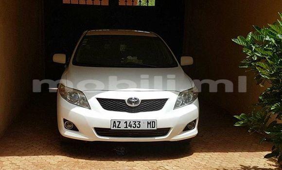Acheter Voiture Toyota Corolla Blanc à Bamako en Mali