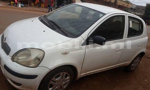 Acheter Voiture Toyota Yaris Blanc à Bamako en Mali