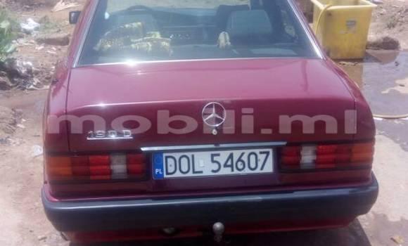 Acheter Voiture Mercedes-Benz 190 Rouge à Bamako en Mali