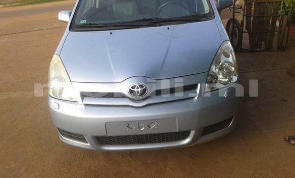 Acheter Voiture Toyota Verso Gris à Bamako en Mali